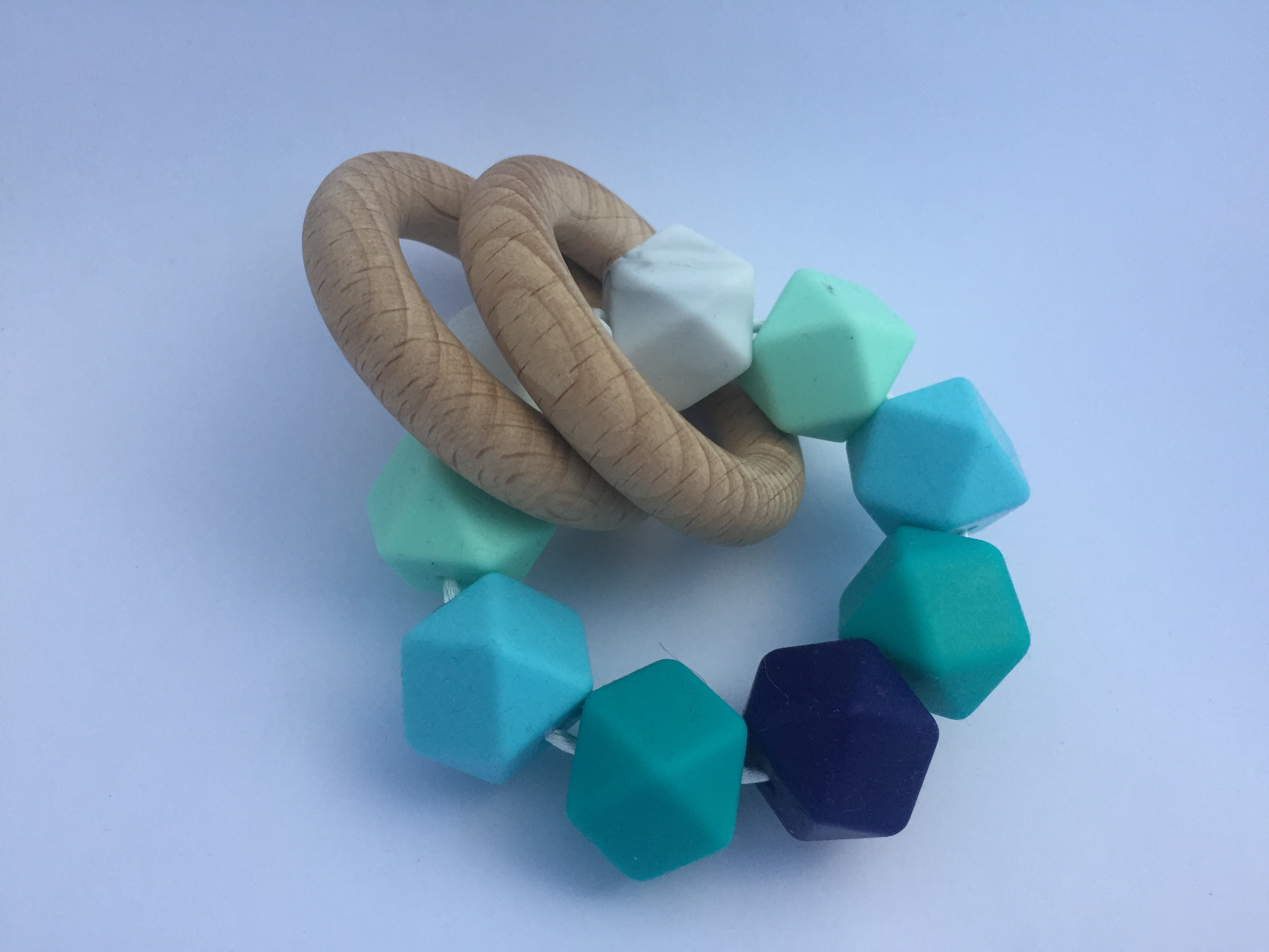 Hochet sensoriel bleu